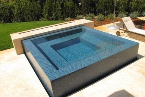 Questar-Pools-Spas-San-Diego-spa_8110